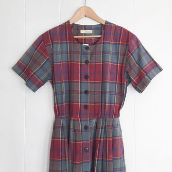 Vintage Dress, Boho Dress. Long Hipster Dress with Pockets. Short Sleeve Dress. Plaid Dress. Tartan Pattern Dress. Fall Dress. Button Down