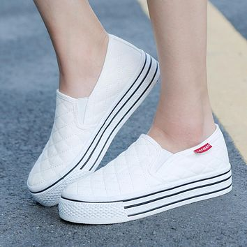 Women Casual Canvas Slip-on Platform Shoes