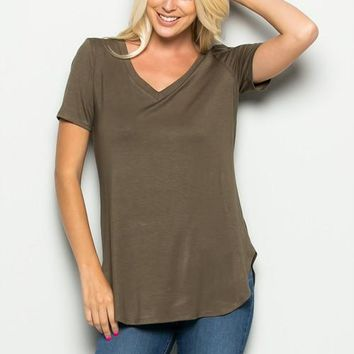 Must Have Basic V Neck Tee in Olive