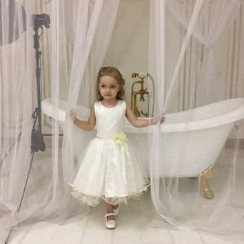Ivory flower girl dress,Rustic Flowergirl Dress,Chiffon flower girl Dress,Lace Girl Dress,Champagne flower girl dress,Wedding party dresses