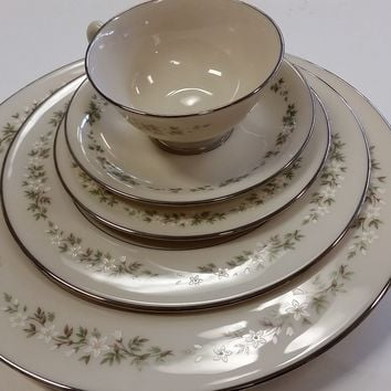 Lenox Brookdale China 5 piece setting