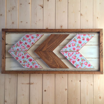 Rustic Framed Wooden Chevron Wallhanging - Patterned Chevrons - Floral - Shabby Chic - Home Décor - Bedroom Décor