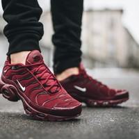 KUYOU NIKE AIR MAX PLUS MAROON