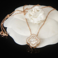 Van Cleef & Arpels  New fashion more pearl pendant women necklace