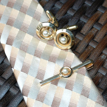 Vintage Mens Jewelry Set, Gold Tone Tie Clip, Imitation Pearl Cuff Links, Circle Cufflinks, Designer ANSON, 1950s Mad Men Wedding Groom
