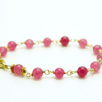 Pink jade bracelet / wire wrapped stones by ZorNella on Etsy