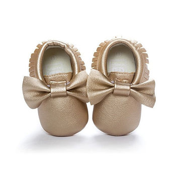 Frosted Gold Moccasins, Baby Moccasins, Toddler Bow Moccasins, Gold Baby Shoes, Vegan Soft Sole 3-18 months Infant Shoes Gift Toddler Gold