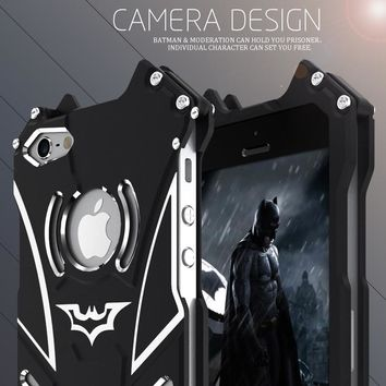 Batman Dark Knight gift Christmas Luxury Batman Element Aluminum Metal Case For Apple iPhone 5s 5 SE Heavy Duty Protection Hard Cover For iPhone 5s SE Bumper Case AT_71_6