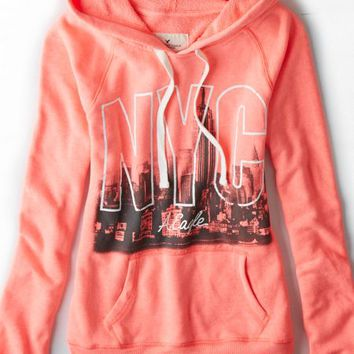 AEO Women's Nyc Graphic Hoodie (Coral Burst)
