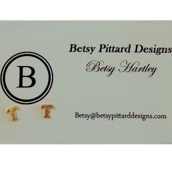 Betsy Pittard Designs: Initial Studs Letter: 'T'