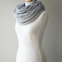 Knitted cowl, merino wool möbius scarf, wool cowl, snood, knitted wrap in silver gray colour  'Tuck'