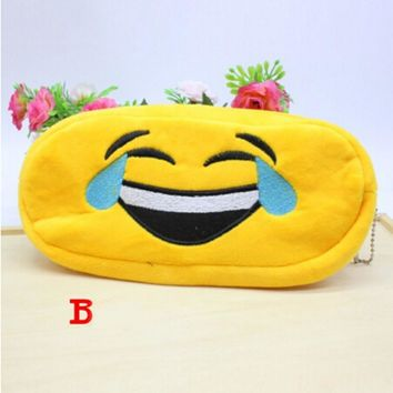 Velishy 1PC 2017 New Arrival Cute Kawaii Face Cartoon Plush Cosmetic Bag QQ expression Make Up Bag Pouch Case