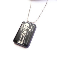 Skull Necklace - Black Glitter Skull Pendant - Halloween Kawaii Skull Necklace