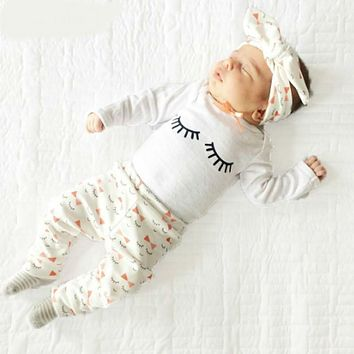 Clothes for newborn girls' eyelashes Print Bow tie clothes for babies Long-sleeved T-shirts+pants+scarf 3 sets