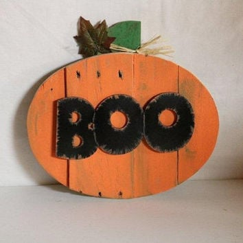 BOO Halloween Jack-o- lantern  Pumpkin Wall Decor refurbished pallet wood, laser cut letters, stem embellished with leaves and raffia
