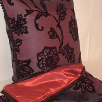 Aubergine poppy – Velvet strawberry tree pillow 20x20