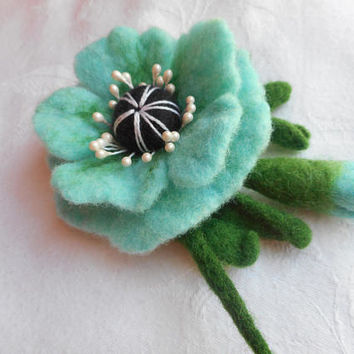 Poppy brooch, Felted brooch,Felt flower brooch,felt brooch,handmade ,turquoise felt wool jewelry,felt flowers,felt accessories, felt flowers