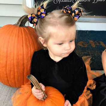 Halloween Hair Bow Hair Clips, Pigtail Hairbows, Hair Accessories, Black w/ Pumpkins, Mini Hairbows