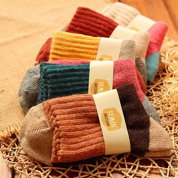 High quality winter vintage thicken warm rabbit wool women socks female fashion patchwork retro thermal cotton socks 5pairs/lot