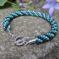 Divine Sea Green and Gunmetal Beaded Bracelet