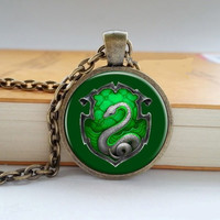 Harry Potter Hogwarts School Necklace - Slytherin