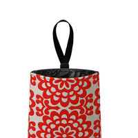 Auto Trash - Car Litter Bag - Wallflowers (cherry red)