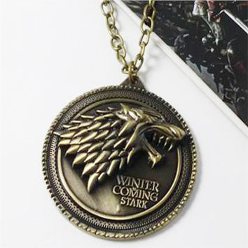 """8 styles HBO Game of Thrones necklace House Stark Winter Is Coming Bronze 2"""" Metal Family Crest pendant jewelry souvenirs"""