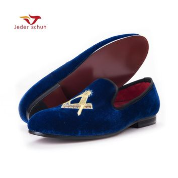2017Exquisite embroidery pattern Velvet Men shoes Men Wedding and Party Loafers Men Flats Size US 6-17 Free shipping