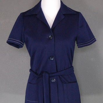 Vintage Shirt Top / Belted / Short Sleeves / Navy Blue / Big Collar / Button Down / 1970's