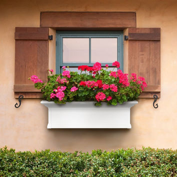 Mayne Yorkshire Rectangle Vinyl Window Box - White