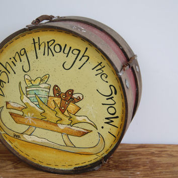 BLACK FRIDAY SALE, Vintage Toy Drum, Wood Toy Drum, Christmas Decoration, Vintage Christmas Decor, Dashing Through The Snow, Christmas Tree