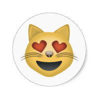 Smiling Cat Face With Heart Shaped Eyes Emoji Round Stickers