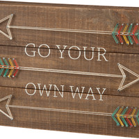Go Your Own Way - Arrow String Art Plank Board Box Sign - 15-in