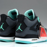 Air Jordan 4 Retro Green Glow Black Grey White 308497-033