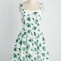 Alfresco in Avignon Dress in Deep Sea