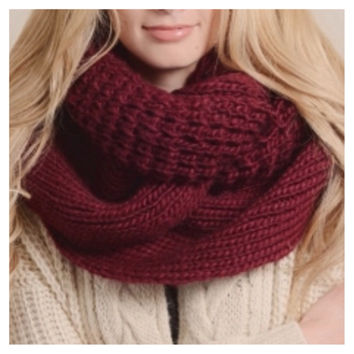"""""""Extra Large"""" Thick Chunky Knit Burgundy Infinity Scarf"""