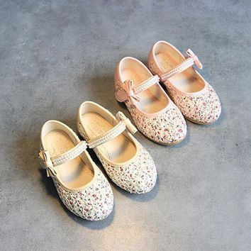 CREYUG3 Summer Korean Floral Princess Stylish Flat Butterfly Pearls Shoes [4919279876]