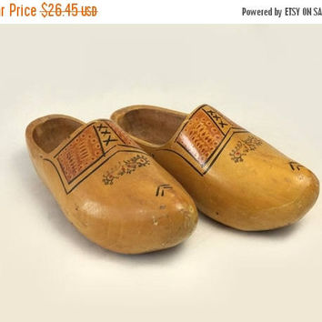 ON SALE - Large Wooden Shoes, Vintage Carved Handpainted Mens Wood Clogs, Dutch Home Decor, Holland Souvenir