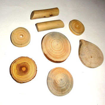 Wood slices discs, natural wooden texture, colors. Jewelry supplies, jewelry findings, jewelry making parts, rustic weddings, jewelry crafts