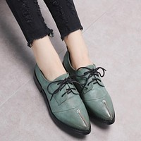 Fall and Spring Female Brogue Shoes Women's Shoes Pointed Toe British Style Women's Dress Flats Derby Shoes Oxfords