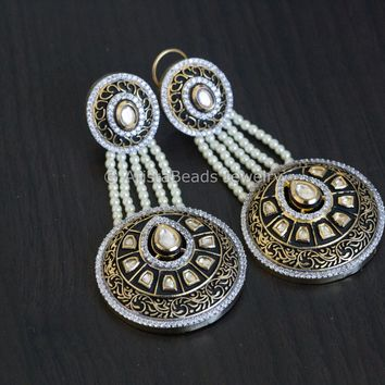 Kundan Black Enamel Pasa Earrings