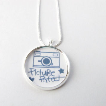 Picture perfect necklace-camera,photographer