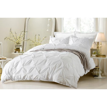 Pinch Pleat Design White Duvet Cover Set Style # 1006 - Cherry Hill Collection in Twin/Twin XL Size