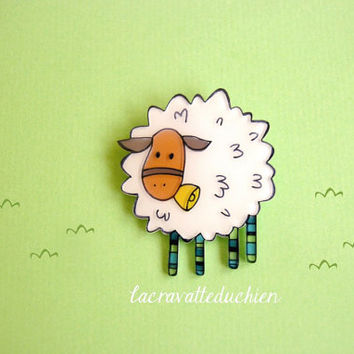 White Sheep Brooch, animal jewelry, illustrated brooch pin