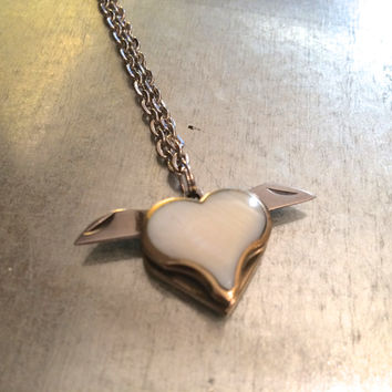Mini Heart Double Bladed Heart Necklace, Switchblade Necklace, Mini Pocket Knife Necklace, Blade Necklace, Mother of Pearl