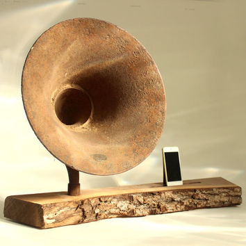 iHorn - iPad - iPad mini - iPhone - Acoustic Speaker Horn - Rustic natural - Old Time Speaker System for your iDevice