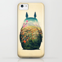 Tonari no Totoro iPhone & iPod Case by Victor Vercesi