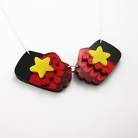 Steven Universe - Garnet's Gauntlets Necklace