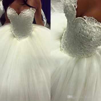 Sweetheart Elegant Simple Ball Gown Wedding Dress Pearls Beading Lace Appliques White Princess Wedding Dresses