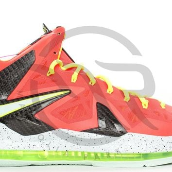 LEBRON 10 P.S. ELITE - BRIGHT CRIMSON